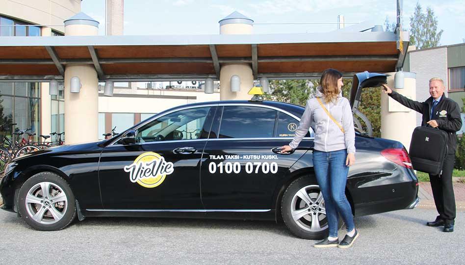 Tilaa taksi – kutsu kuski mobiilisovelluksella!