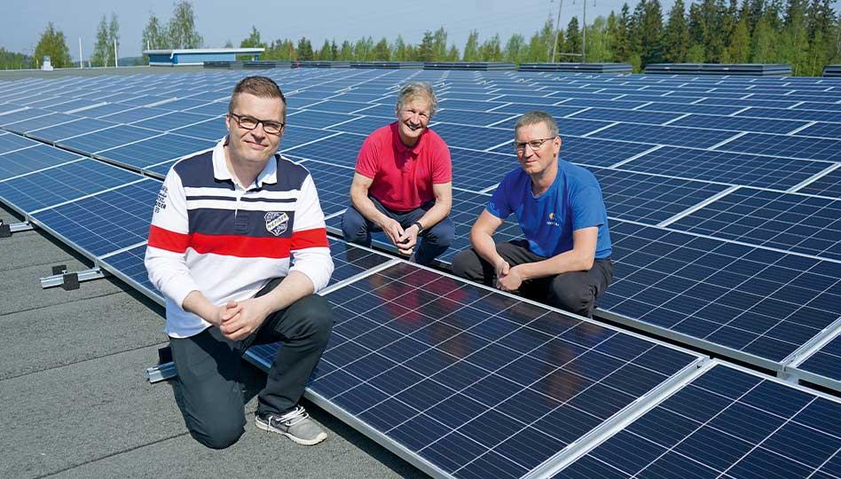 Liisattua aurinkoenergiaa jäähallin tarpeisiin